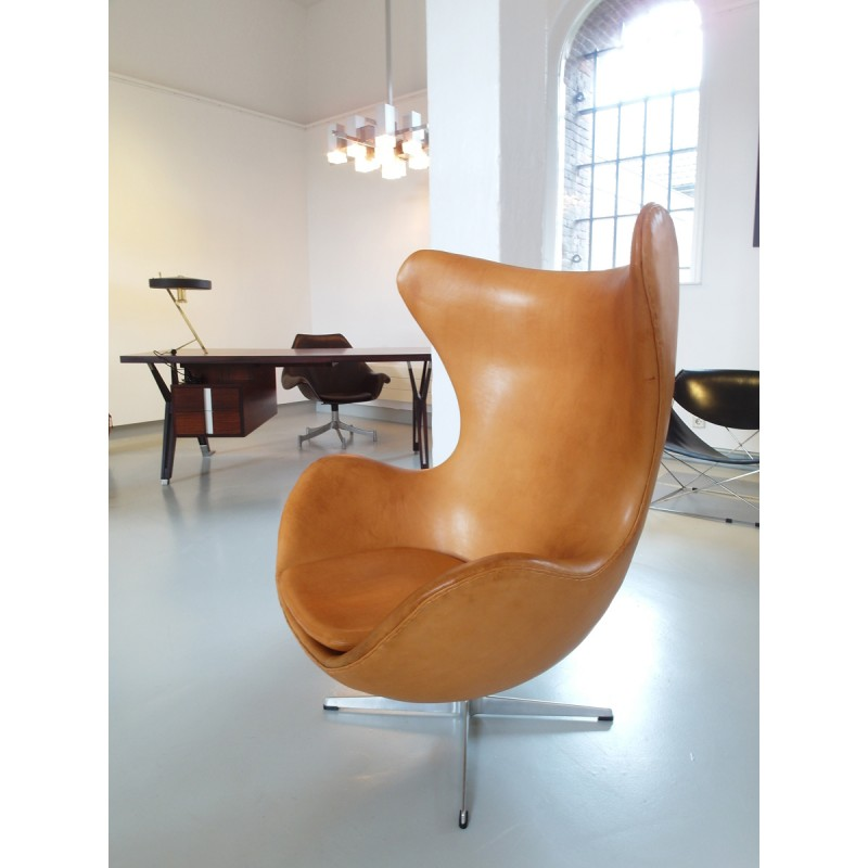 Egg Chair Cognac.Fritz Hansen Cognac Leather Egg Chair Arne Jacobsen 1966