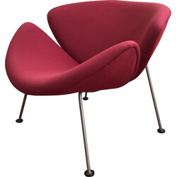 "Artifort ""Slice Chair"" easy chair in cherry red fabric and steel, Pierre PAULIN - 1960s"