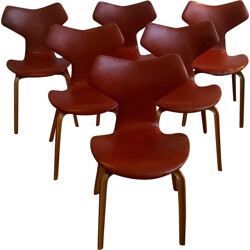 "Set of 6 Fritz Hansen ""Grand Prix"" chairs in leather, Arne JACOBSEN - 1950s"