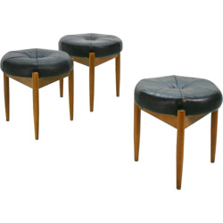 Set of 3 stools in beech and black leather - 1960s