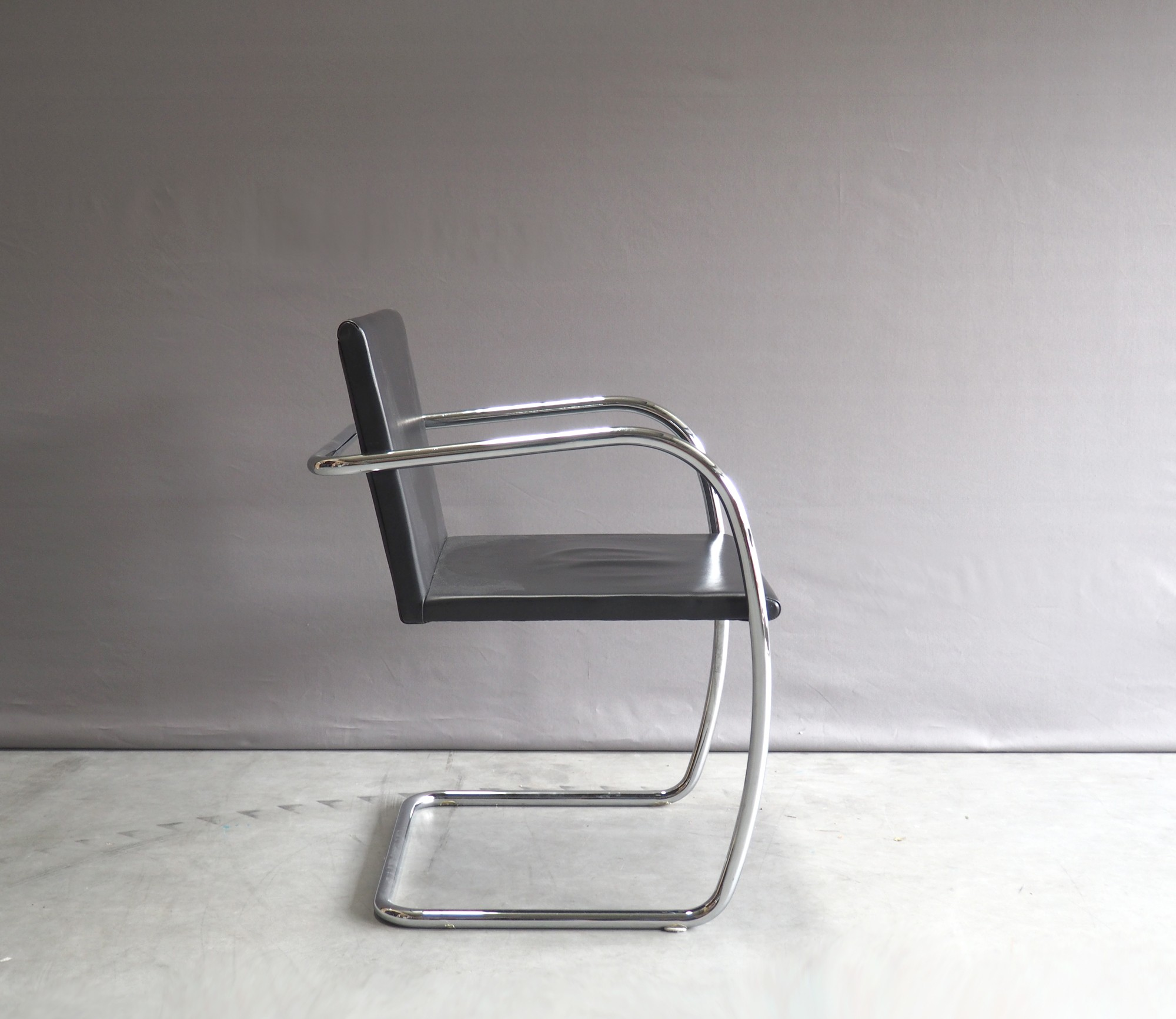 chair ludwig barcelona at mies der van rohe nest authentic shop uk furniture knoll designer browse co