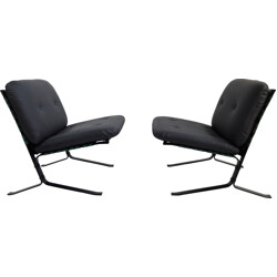 Pair of Airborne low chairs in leatherette, Olivier MOURGUE - 1960s