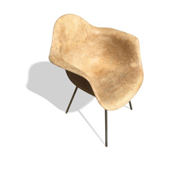 Mid century modern fiberglass armchair, Charles & Ray EAMES - 1950s