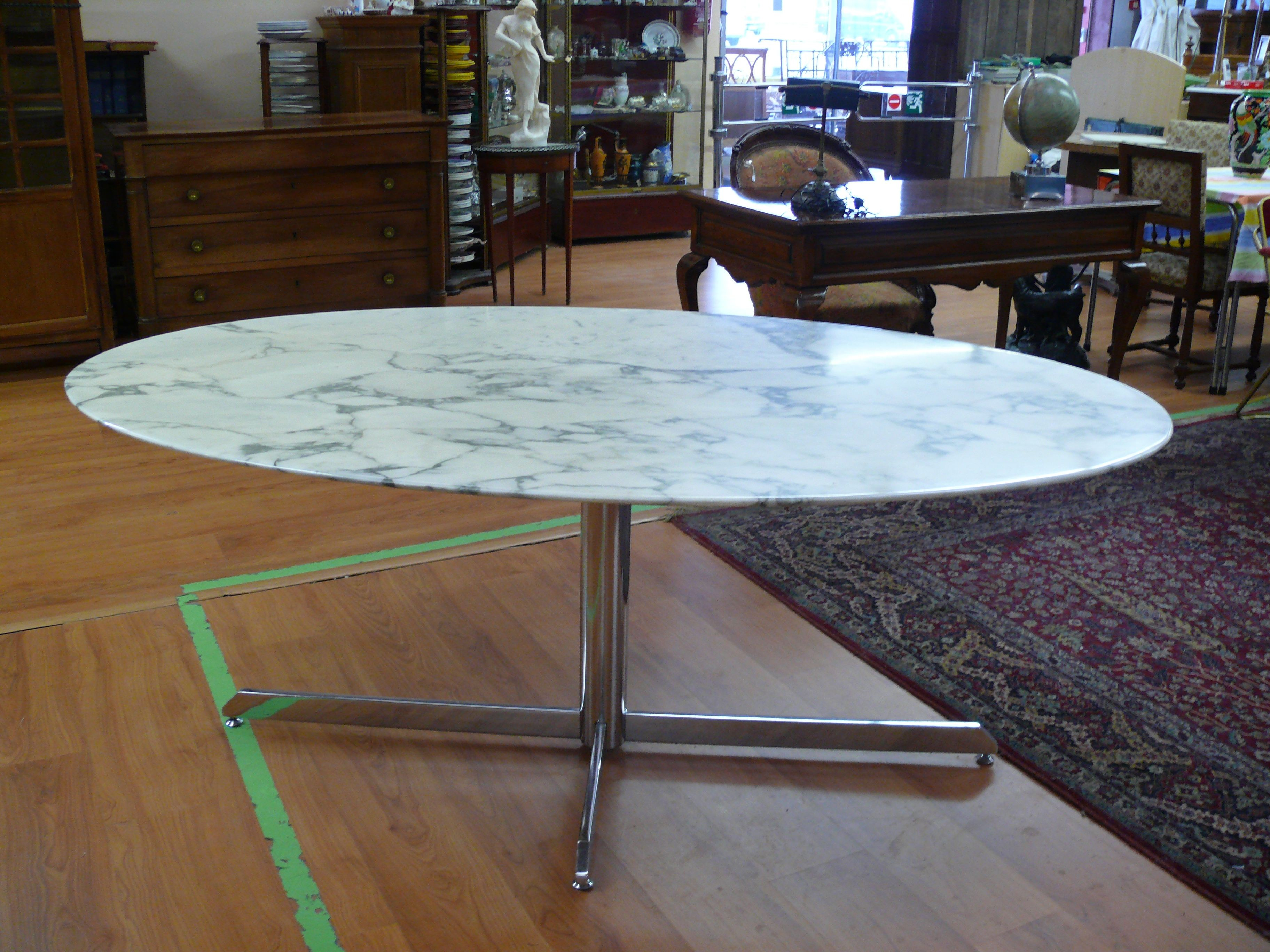 finest vintage roche bobois marble dining table s sold with table ronde roche bobois. Black Bedroom Furniture Sets. Home Design Ideas