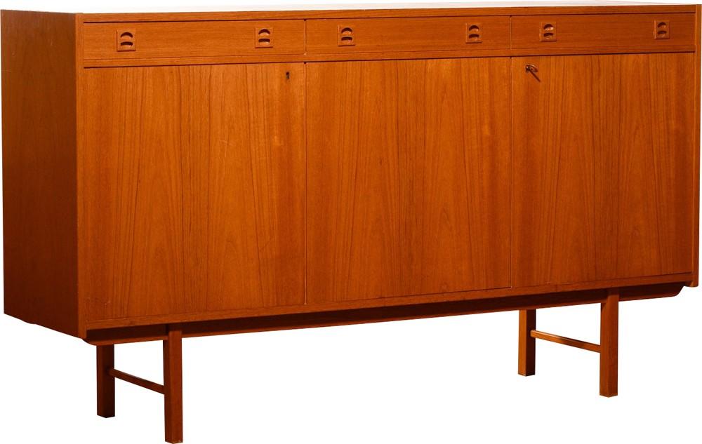 Credenza Vintage Ikea : Unfinished ikea drawers get a vintage inspired makeover