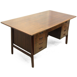Danish desk in rosewood, Gunni OMANN - 1960s