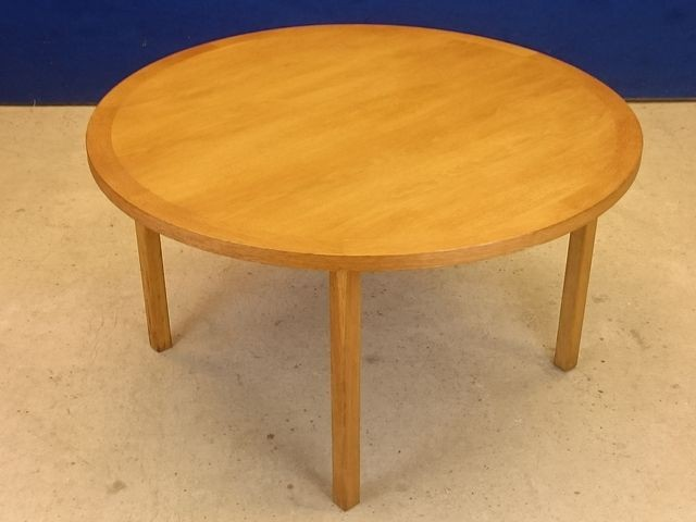 Scandinavian round coffee table bertil fridhagen 1950s - Table basse scandinave vintage ...