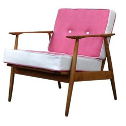 Scandinavian armchair in wood and pink fabric - 1960s