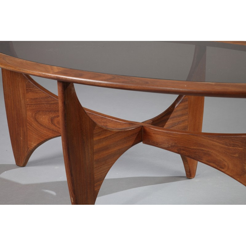 Oval g plan quotastroquot coffee table in teak and smoked glass for Oval teak coffee table