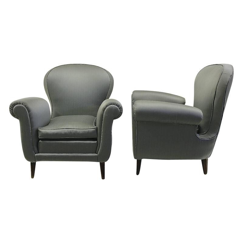 Pair of Italian armchairs in satin, Paolo BUFFA - 1950s