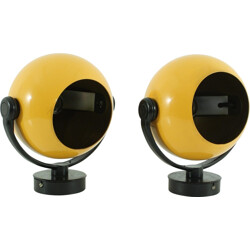Pair of Erco wall lamps in yellow metal - 1970s