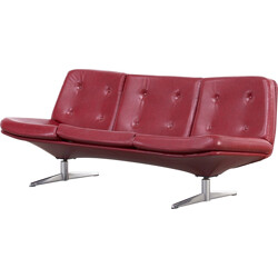Vintage 3 seater sofa in red leatherette - 1960s
