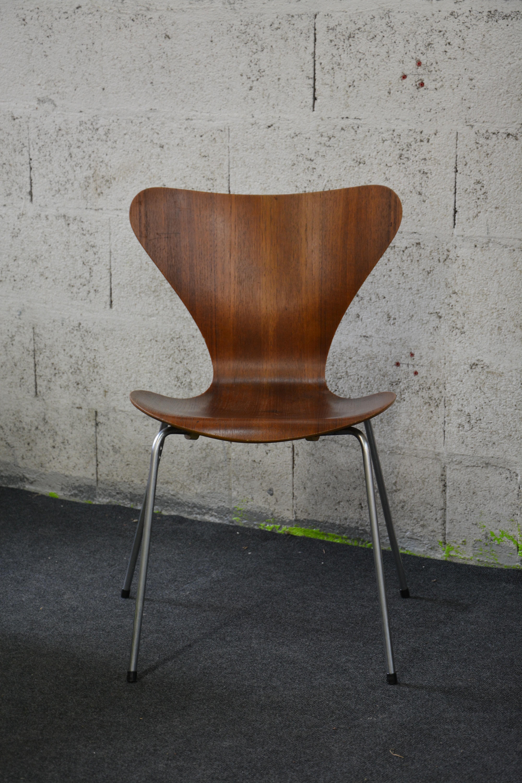vintage fritz hansen serie 7 chair arne jacobsen 1950 design market. Black Bedroom Furniture Sets. Home Design Ideas