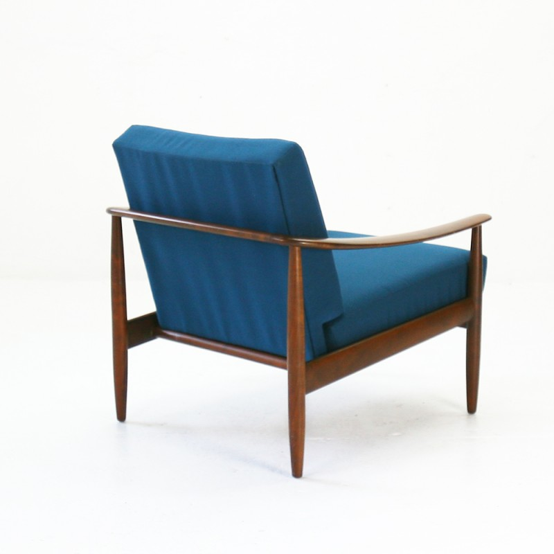 Surprising Mid Centry Modern Easy Chair In Walnut And Fabric 1960S Beatyapartments Chair Design Images Beatyapartmentscom