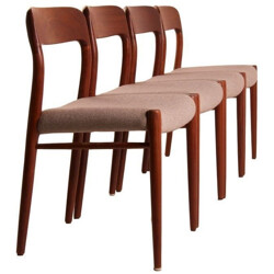 Set of 4 JL Moller dining chairs in teak and beige fabric, Niels MOLLER - 1950s