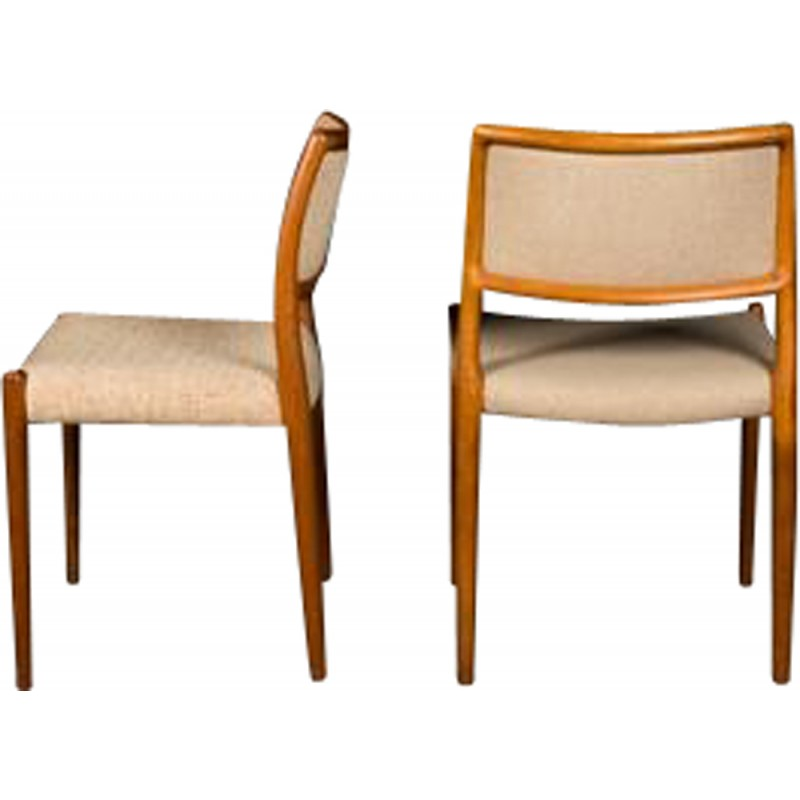 Exceptionnel Pair Of Model 80 Chairs, Niels Otto MOLLER   1960s