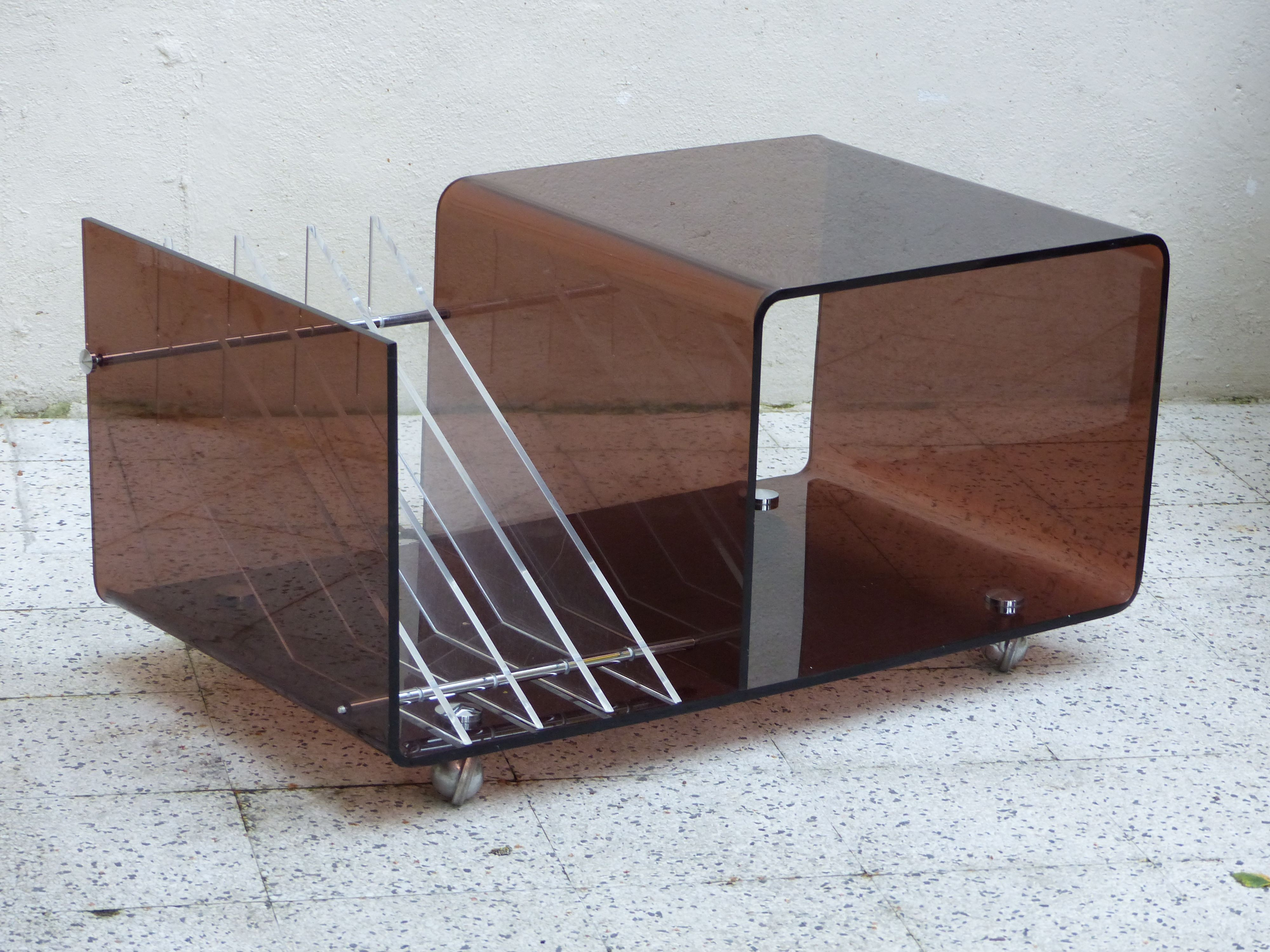Roche Bobois Console Table In Plexiglass Michel Dumas 1970s  # Meuble Tv Plexiglas