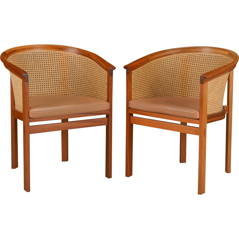 "Pair of ""King Series"" armchairs in mahogany and brown leather, Rud THYGESEN & Johnny SORENSEN - 1980s"