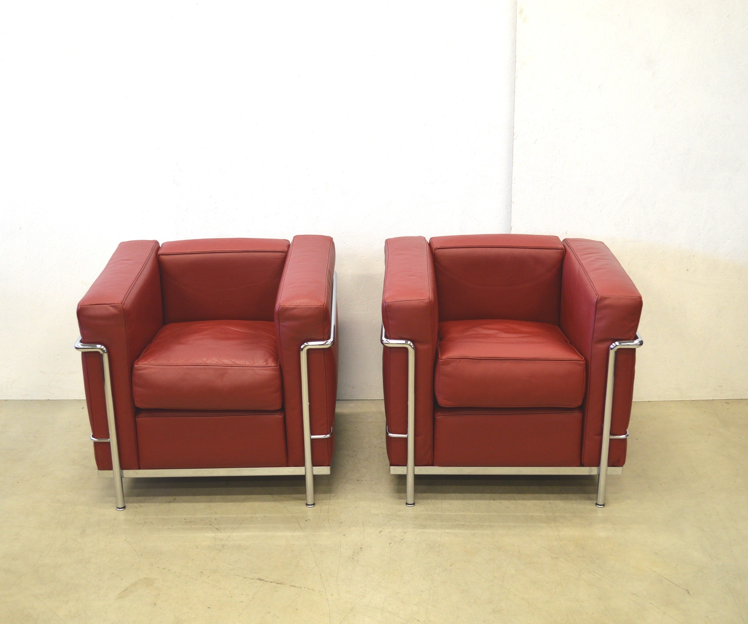 pair of cassina lc2 club chair le corbusier 1928. Black Bedroom Furniture Sets. Home Design Ideas