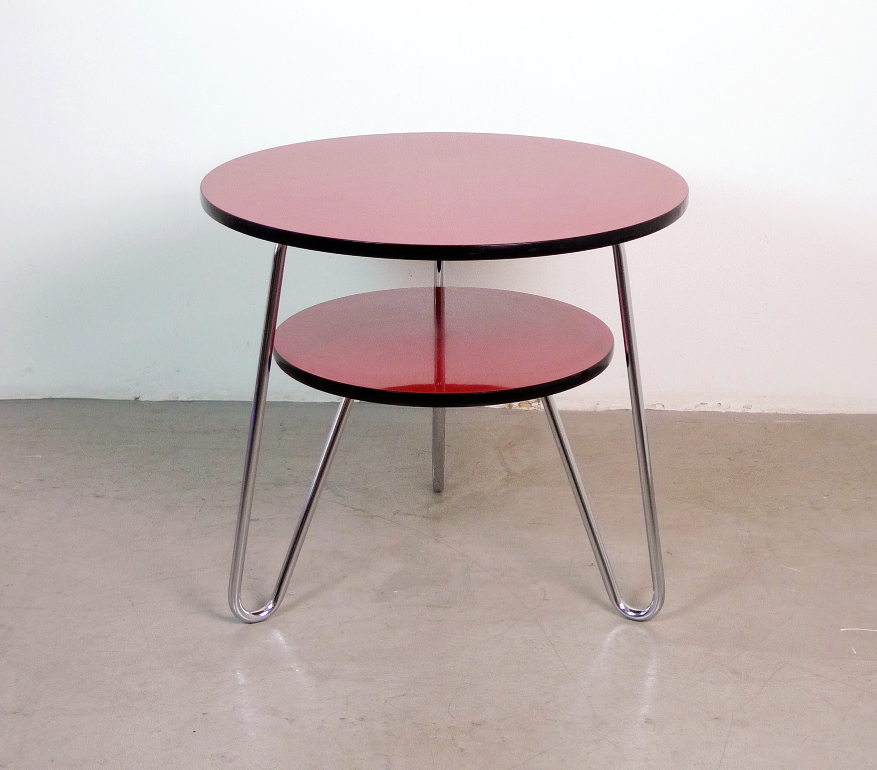 Red round coffee table in steel 1950s design market red round coffee table in steel 1950s previous next geotapseo Gallery