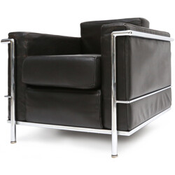 """Cassina """"LC2"""" armchair in black leather, Le CORBUSIER, Charlotte PERRIAND & Pierre JEANNERET - 1960s"""