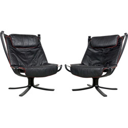 "Pair of Vatne Møbler ""Falcon"" easy chairs in black leather, Sigurd RESELL - 1970s"