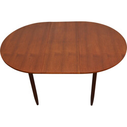 Round mid-century dining table in teak - 1960s