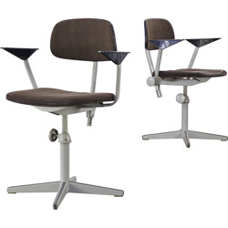 Pair of Ahrend de Cirkel office chairs in steel and brown fabric, Friso KRAMER - 1950s