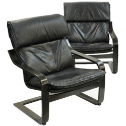 Pair of Scandinavian armchairs in black leather and wood - 1970s