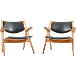 "Pair of Carl Hansen & Søn ""Saw Horse"" armchairs in leather, Hans J. WEGNER - 1950s"