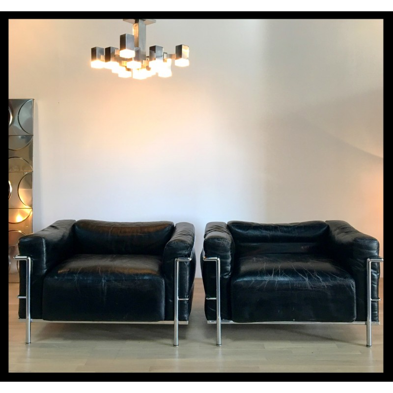 Pair Of Vintage Cassina Lc3 Chairs Le Corbusier 1960s Design