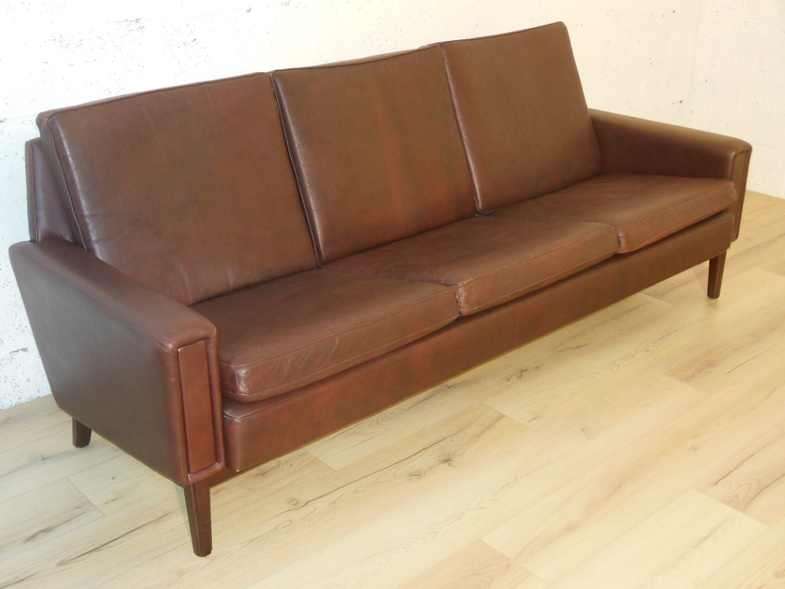 Mid Century Modern Scandinavian Sofa In Leather 1960s
