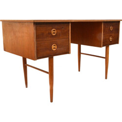 Small mid-century desk in oak - 1960s