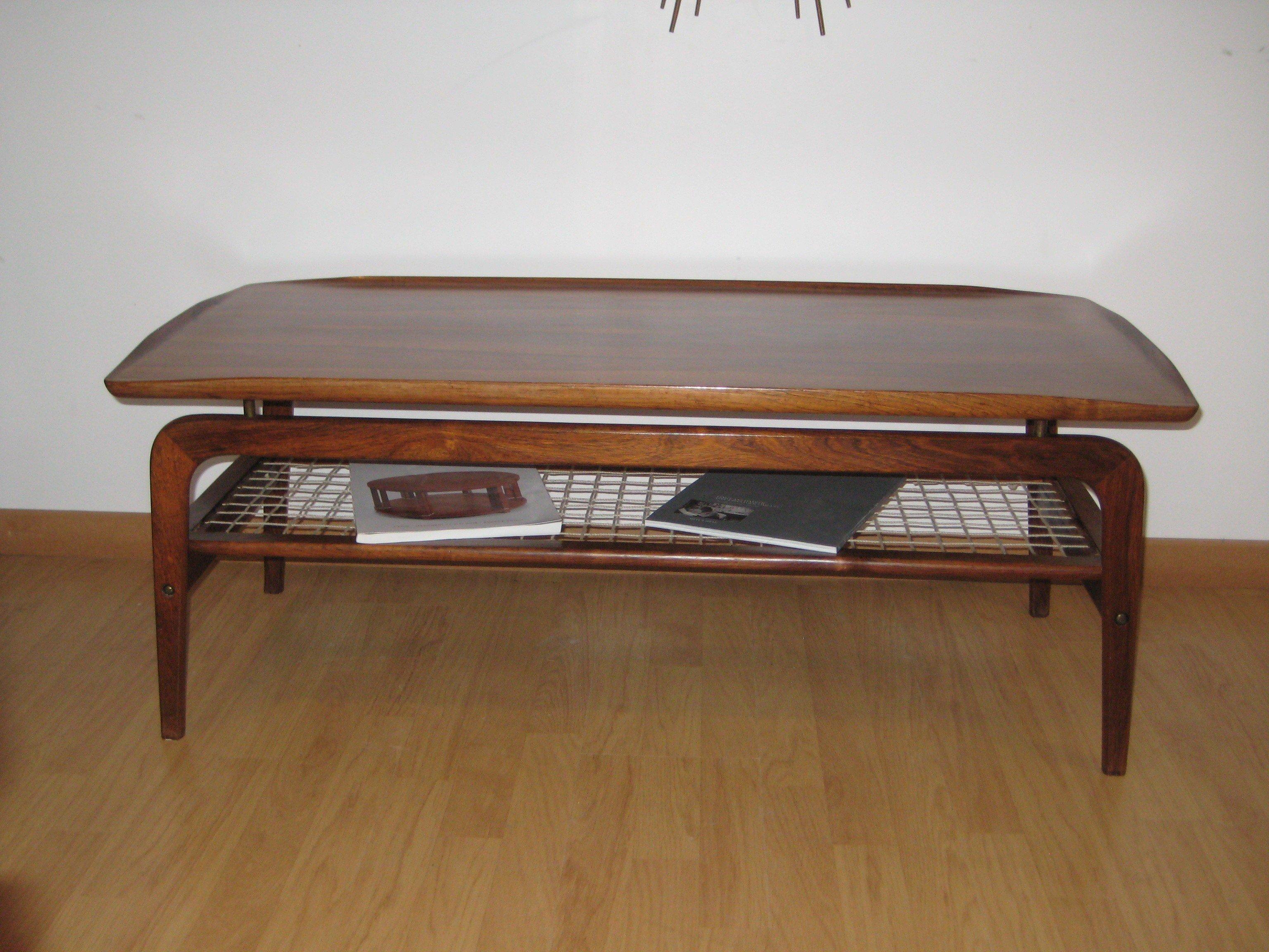 Scandinavian rosewood coffee table Arne HOVMAND OLSEN 1950s