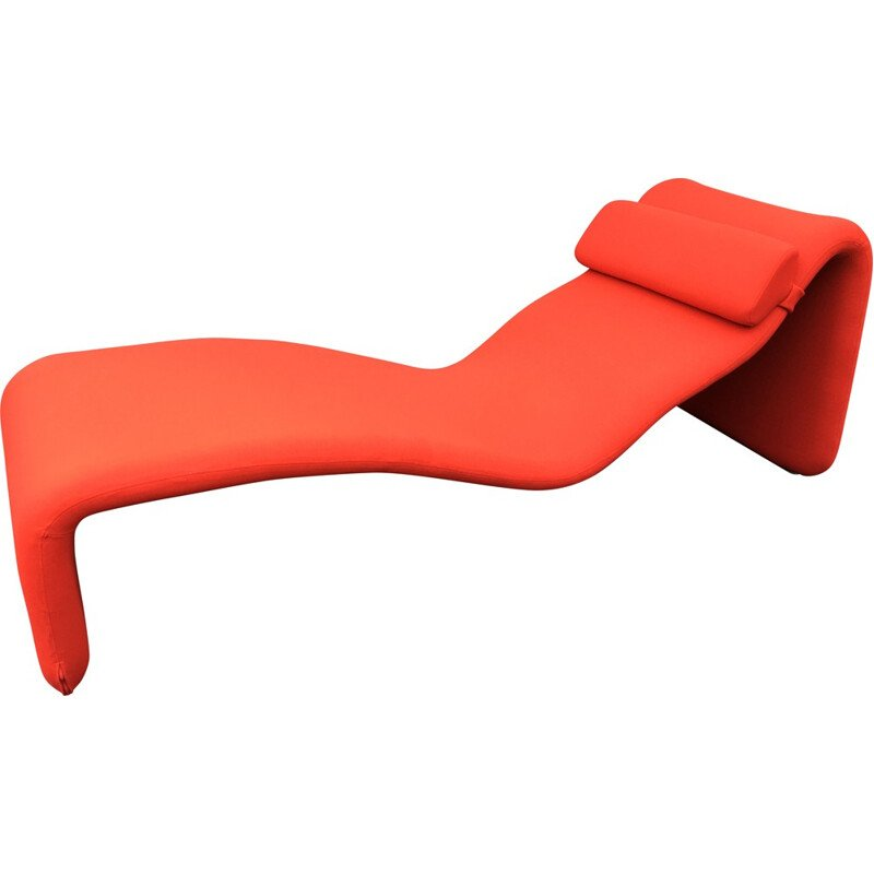 "Airborne red ""Djinn"" lounger, Olivier MOURGUE - 1960s"