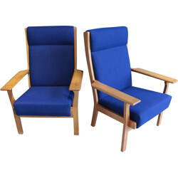 "Pair of Getama ""GE 181 A"" lounge chairs in oak, Hans WEGNER - 1970s"