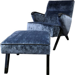 Mid-century blue lounge chair and ottoman in velvet and wood - 1950s