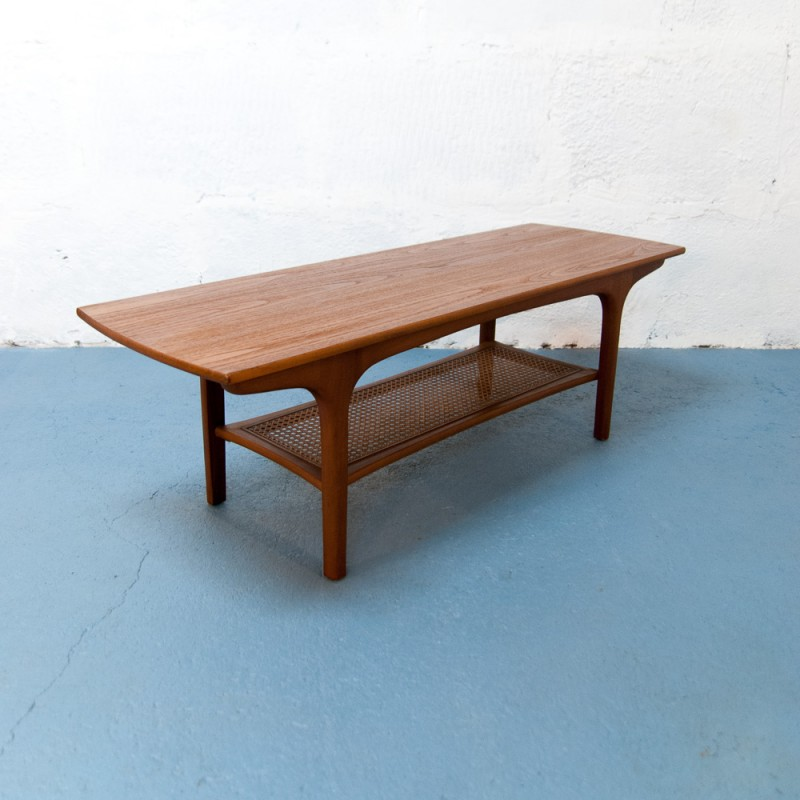 Scandinavian Teak Coffee Table: Scandinavian Teak Coffee Table