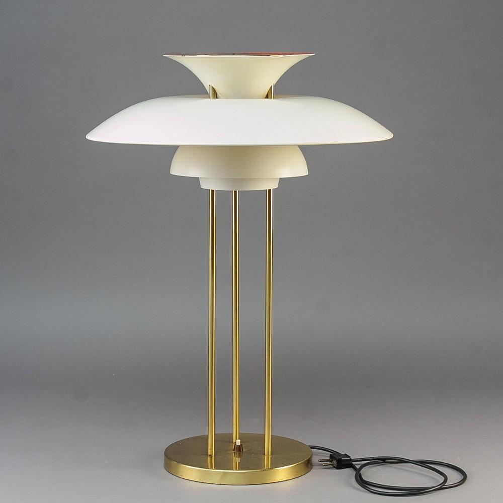 White lamp PH5, Poul HENNINGSEN   1960s   Design Market