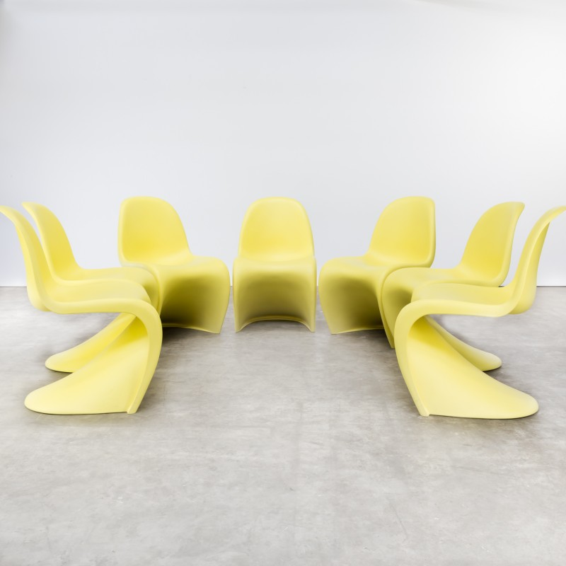 Set of 7 yellow  panton  chair by Verner Panton for Vitra - Design Market & Set of 7 yellow