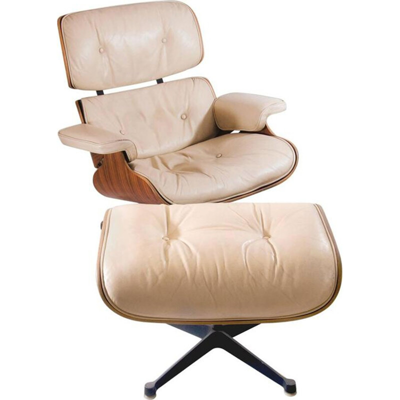 Set of a lounge chair with its ottoman colored beige in leather and produced by Mobilier International - 1960s