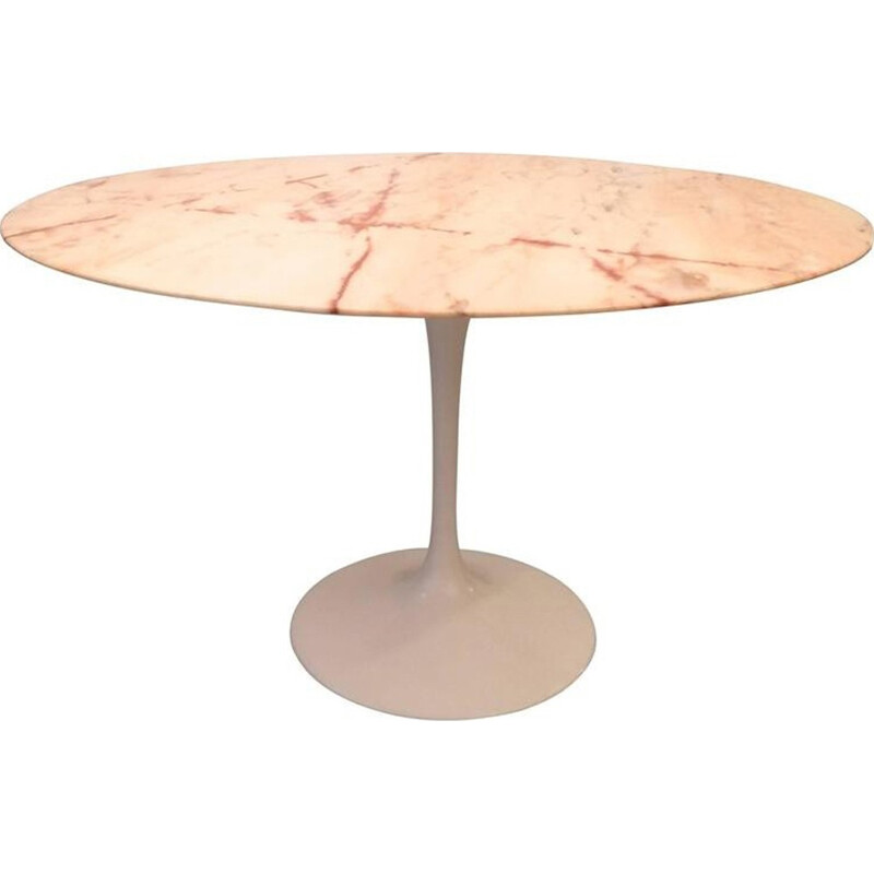 Table pink in marble by Eero Saarinen produced by Knoll International - 1980s