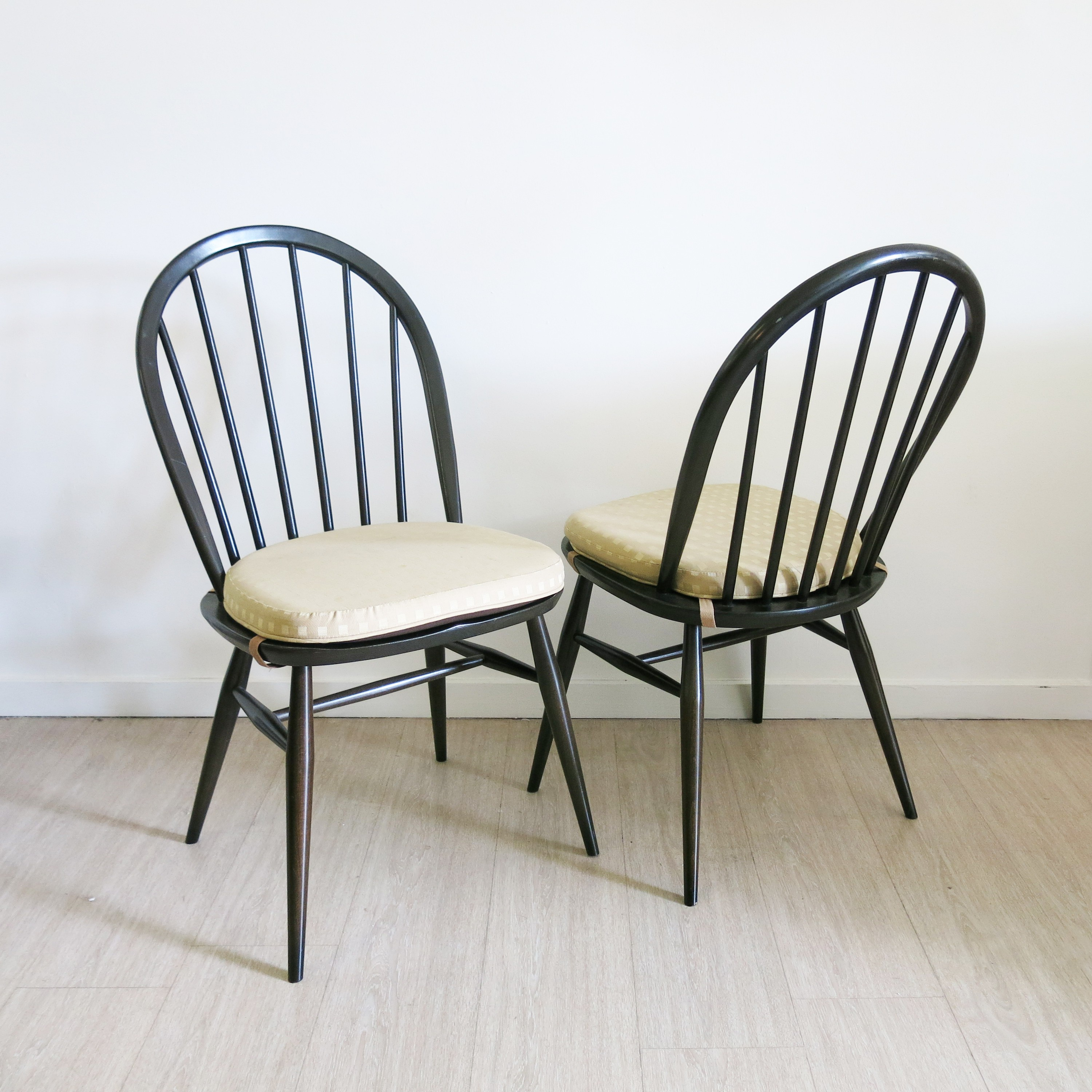divathe windsor diva chairs antiques chair archives tag the