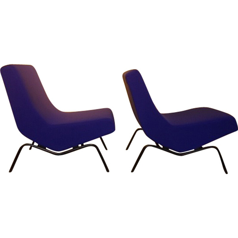 Pair of low chairs, CM194 model, by Pierre Paulin - 1950s
