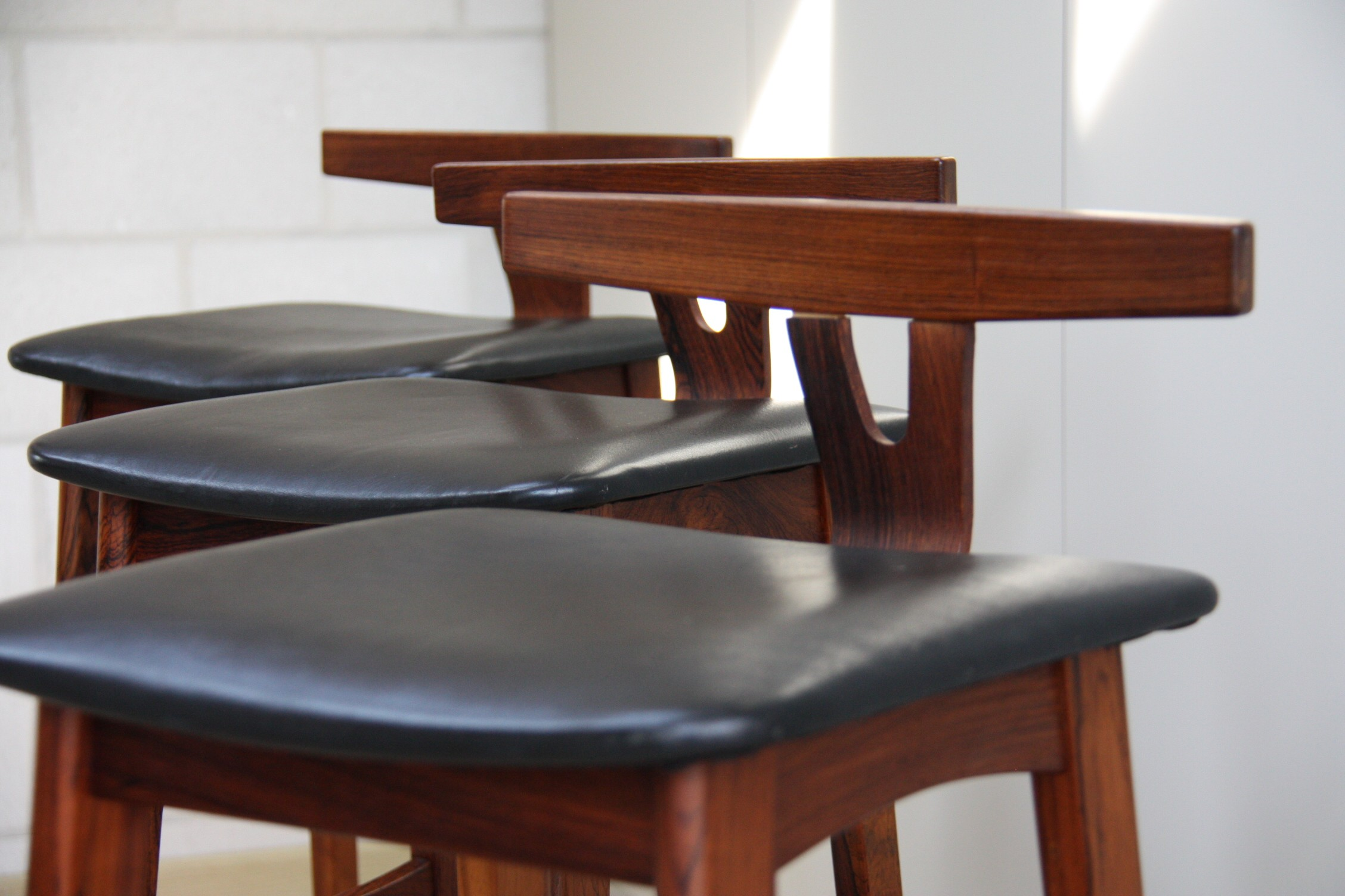Set of 3 bar stools in rosewood by Erik Buch for Dyrlund 1960s