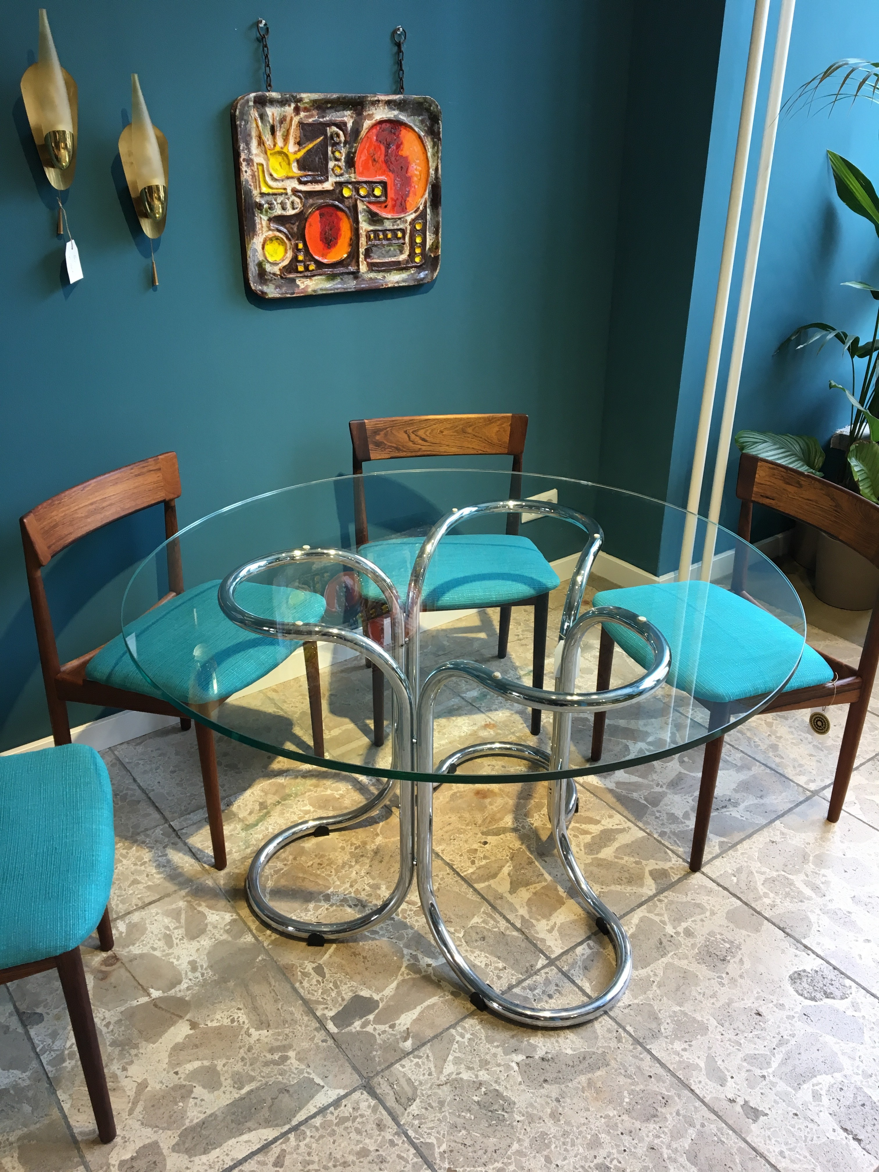 Vintage glass table with metal base - 1960s - Design Market
