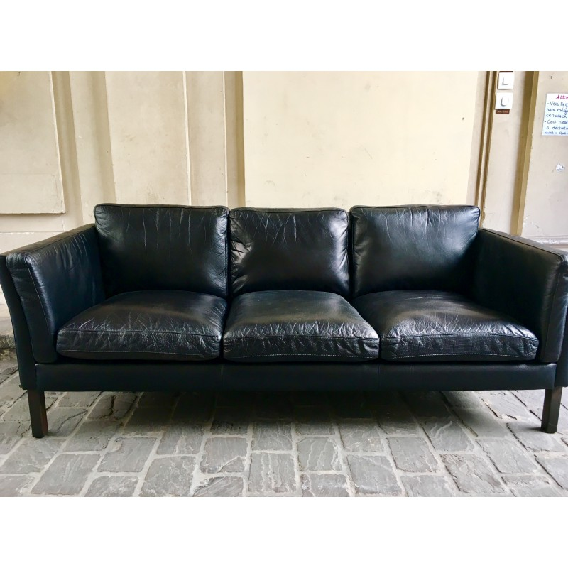 Vintage black leather sofa - 1960s - Design Market
