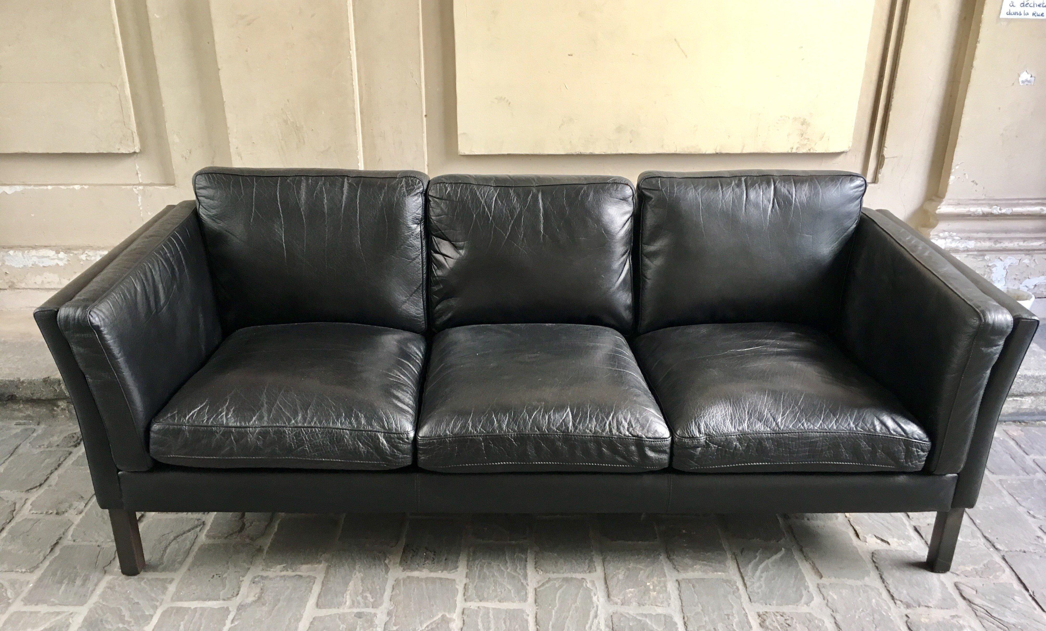 Vintage Black Leather Sofa   1960s. Previous Next