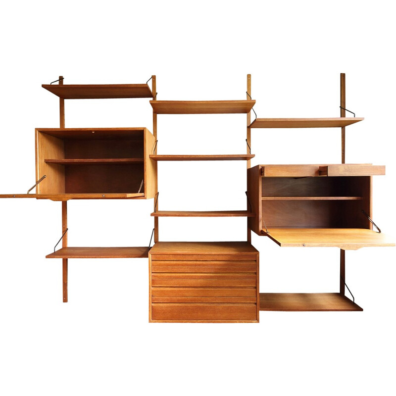 Modular wall system in oak by Poul Cadovius - 1960s