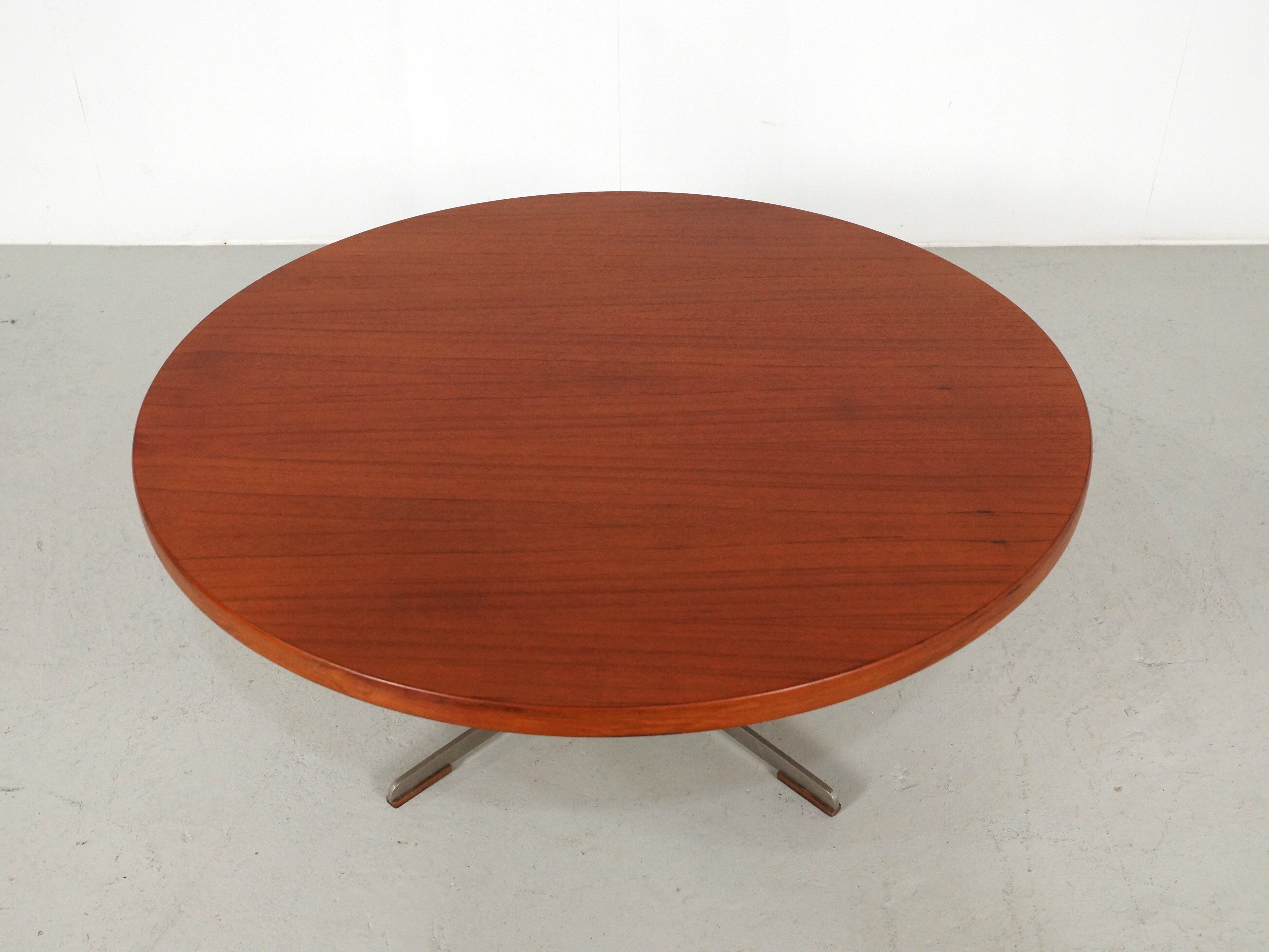 Vintage round teak coffee table - 1960s - Design Market